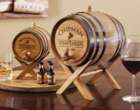 Бочки дубовые для хранения вина и коньяка фото