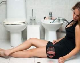 Что делать если сильно тошнит после пьянки? фото