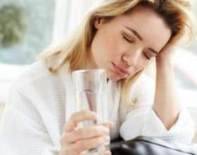Что выпить, чтобы справится с утренним похмельем? фото
