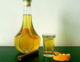Цитрусовые ликеры: апельсиновый, мандариновый и из лимоновых корочек фото