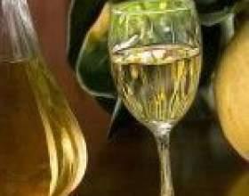 Домашнее вино из айвы фото