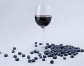 Домашнее вино из черники — простой рецепт фото