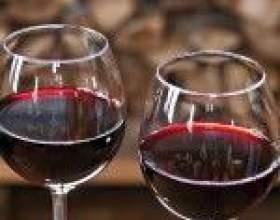 Домашнее вино из ежевики фото