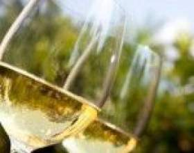Домашнее вино из морошки фото
