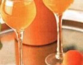 Домашний ликер из абрикосов фото
