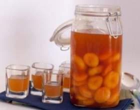 Готовим абрикосовую наливку фото