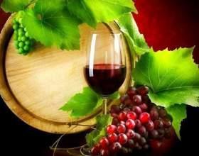 Готовим домашнее полусладкое вино фото