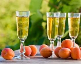 Готовим домашнее вино из абрикосов фото