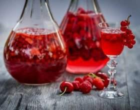 Готовим наливку из ягод на водке фото
