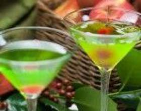 Яблочный мартини – коктейль без вермута фото