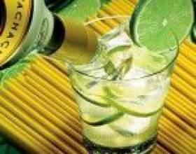 Кайпиринья – «народный» бразильский алкогольный коктейль фото