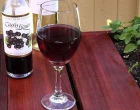 Как изготовить черносмородиновый ликер: 4 легких рецепта фото
