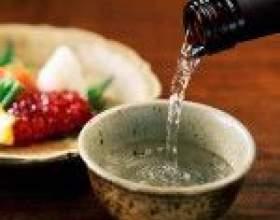 Как правильно пить саке двумя способами фото