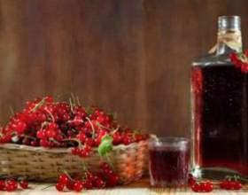 Как приготовить домашнее вино из красной и черной смородины фото