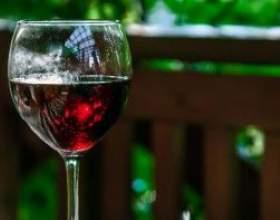 Как приготовить вино на основе из варенья фото