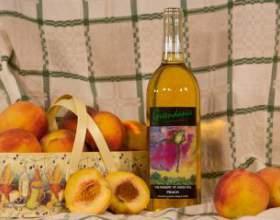 Как сделать домашнее вино из персиков фото