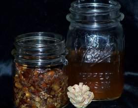 Как сделать водку на кедровых орешках фото