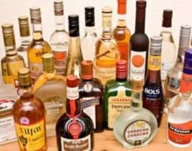 Что из алкогольных напитков вреднее: коньяк или водка? фото