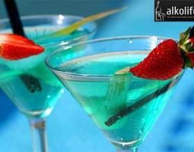 Коктейль голубая лагуна фото
