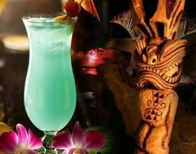 Коктейли «гавайский микс» и «мартини микс» фото