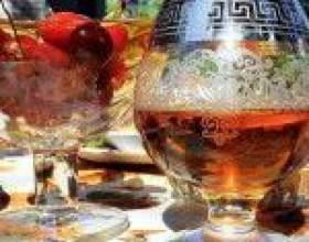Коньяк из водки – рецепт настойки-имитации на дубовой коре и ягодах фото