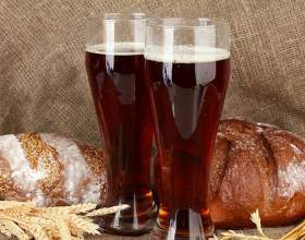 Квас из ржаного хлеба фото