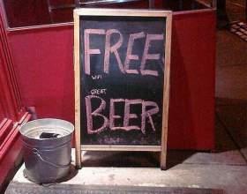Меловая доска и фантазия бармена: опасный тандем фото
