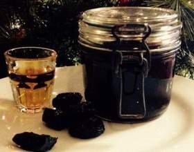 Настойка чернослива на самогоне: простые рецепты фото