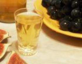Настойка инжира на водке (самогоне, спирте) фото
