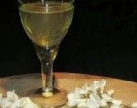 Питьевые настойки из цветков белой акации фото