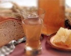 Правильный напиток — самогон из меда фото