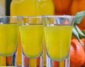 Праздничная настойка из мандаринов на водке (спирте, самогоне) фото