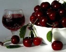 Превосходное домашнее вино из вишни фото