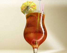 Простые коктейли с ликером «малибу» фото
