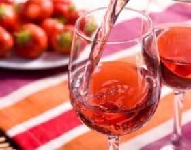 Простые рецепты домашнего клубничного вина фото