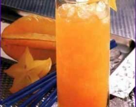 Ратафия из персиковых косточек фото