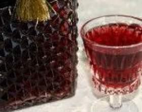 Рецепты настоек малины на водке и коньяке фото