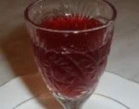 Самодельное брусничное вино фото