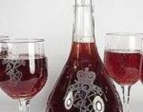 Самодельное земляничное вино фото