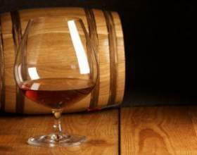 Самогон из домашнего вина. Перегонка в домашних условиях фото