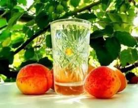 Самогон из персиков фото