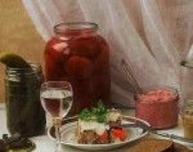 Самогон из просроченных конфет (шоколадных, карамельных, с начинкой) фото