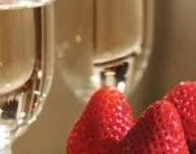 Шампанское с клубникой – лучшие рецепты десерта фото