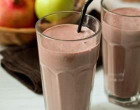 Шоколадный молочный коктейль фото