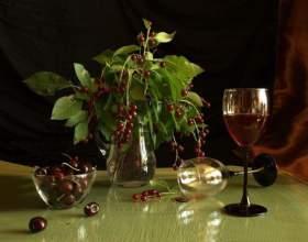 Ставим вино из черемухи в домашних условиях фото