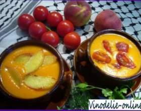 Суп из персиков и белого вина фото