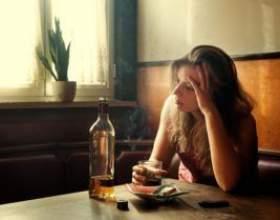 Ученые выяснили что алкоголь больше вредит женщинам фото