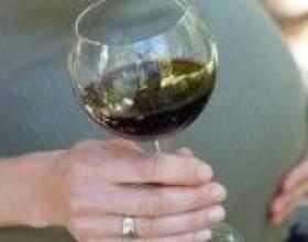 Употребление вина беременными женщинами – мнения специалистов фото