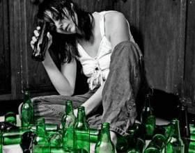 В чем заключается вред алкоголя для женщин? фото