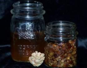 Водка на грецких и кедровых орехах фото